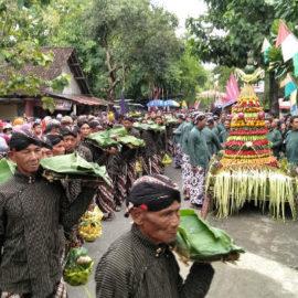 Desa dan Kebudayaan